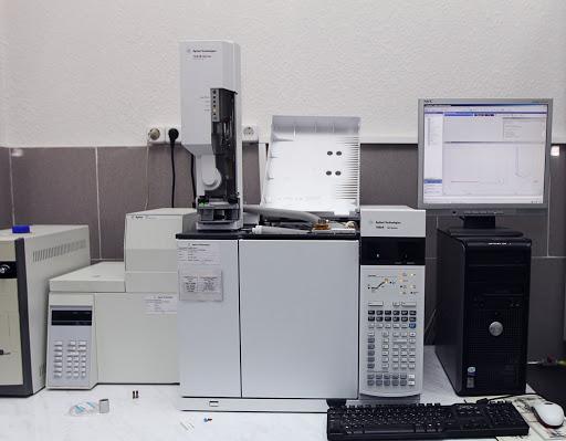 Экспертиза давности проводится с помощью хроматографа